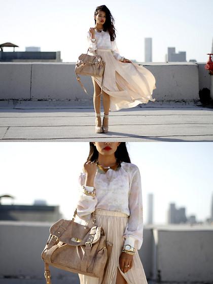 Olivia Lopez - The Caravan Gold Gilded Collar, Club Monaco Silk Blouse, Club Monaco Side Split Skirt - Side Slit Split