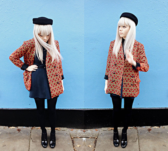 Kate G - Vintage Pillbox, Frontrowshop Coat, Asos Shoes - Getting out of town