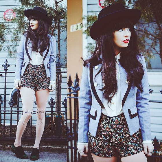Rachel-Marie Iwanyszyn - Trendylegs Bow Tights, White Crow Shorts, Blazer - VELVET SHOES.