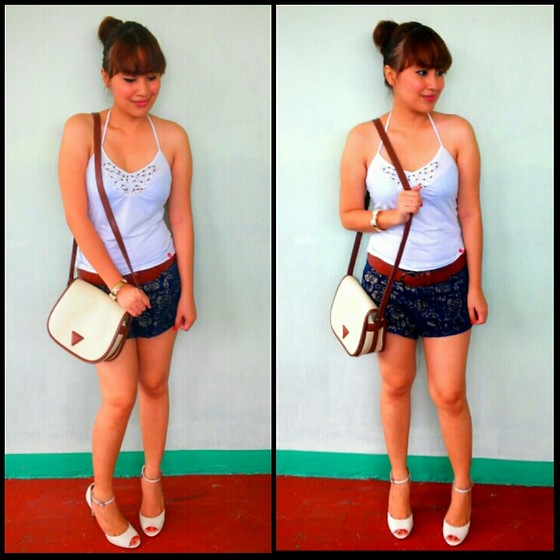 Xtine  C♥ - Edc Esprit Halter Top, Abercrombie And Fitch Shorts, Guess? Bag - Kismet